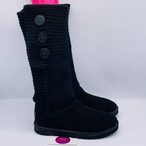 UGG Women's Classic Cardy Boots 5819 Size 7